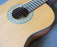 Artesano Sonata MC Satin classical Spanish model guitar