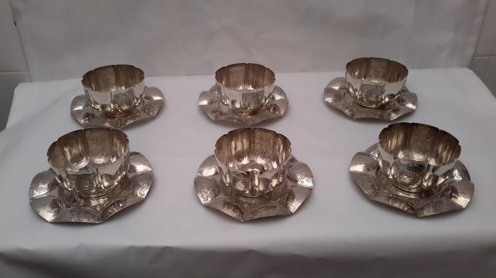 6 cups and 6 saucers in chiselled silver 800, weight 1.960 g