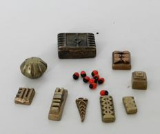 Lot of 9 Geometric Weights to Weigh Gold - Groupe AKAN - Ivory Coast