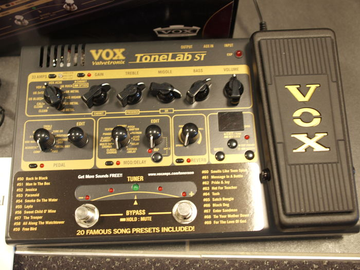 New Vox Tonelab ST multi effect processor for guitar with pedal