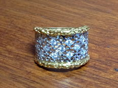 White and yellow gold fantasy ring, with diamonds totalling 0.54 ct. Finger size: 16.