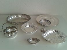Seven silver plated dishes, The Biltmore Gorham, Cornet 48 and Walker&Hall Sheffield and Keltum