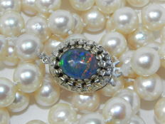 2 natural opals pearl necklace Akoya pearls approx. Ø 7.9 mm . 14k 585 gold opal clasp
