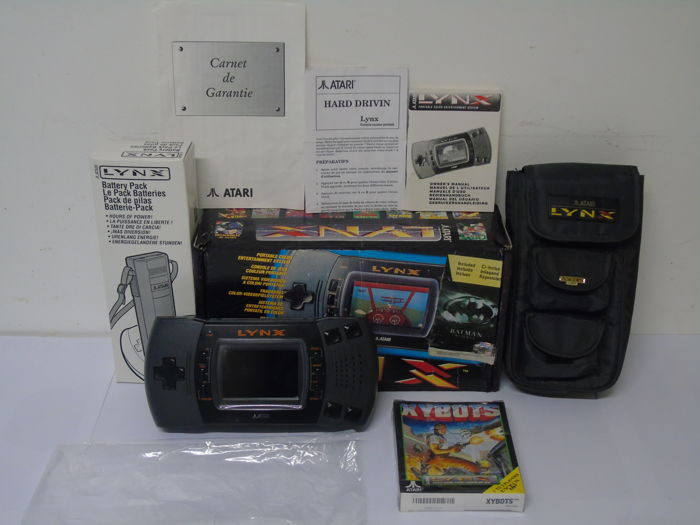 Atari Lynx 2 boxed with a game Xybots , Battery Pack and travel bag -  Catawiki
