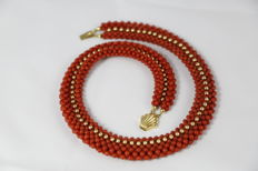 Coral necklace with 18 kt gold, handmade