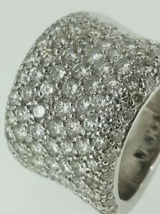 Diamond ring of 5 ct in total - ring size 53.