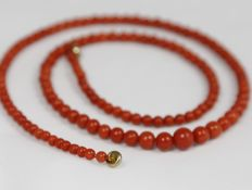 Necklace made of natural corals, 16.5 g