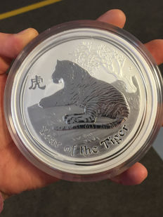 Australia – 30 Dollars 2010 'Year of the Tiger' – 1 kg silver
