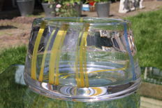 Mieke Pontier - bowl with wisps in yellow and blue (Leerdam Unica - 88058L)