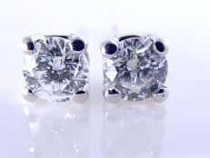14k white gold solitaire ear studs set with 2 brilliant cut diamonds, 0.40 ct in total - No Reserve Price