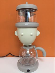"Alessandro Mendini for Alessi – Coffee maker ""Geo"""