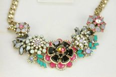 Joan Rivers statement large flower necklace