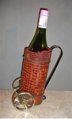 "Vintage bottle holder in crocodile leather - music box melody ""How dry I Am"""