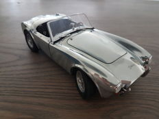 Exoto - Scale 1/18 - Shelby Cobra 260