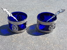 Beautiful pair of salt cellars, sterling silver and cobalt blue glass