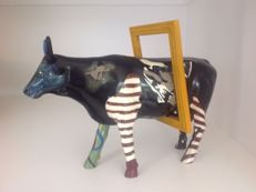 Cow Parade - Cowparade - Mooseum Lover - Resin - Large and Retired !