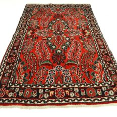 Hamadan Sarough – 135 x 85 cm – Persian, richly decorated rug, in beautiful condition.