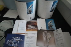 Swarovski - 2 x box complete year piece Whales – 3 x certificate Lion – 1 x certificate Woodpeckers, Whales, Seals, Dolphins – 3 x mirror Woodpeckers – 1 x mirror Reindeer and Sleigh.