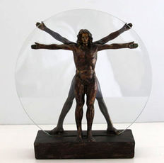 Vitruvian man - Leonardo da Vinci - resin sculpture - 27 cm diameter
