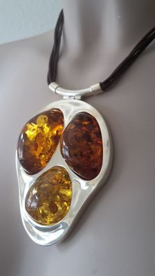 Large designed necklace pendant with 100 % natural Baltic Amber and 925 silver