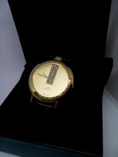 LORENZ Swiss Made .NOS. Never worn . Exclusive. 33 cubic zirconia.