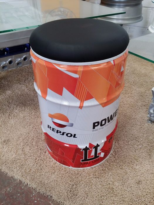 Repsol Original Oil can / seat used by HRC team Repsol Honda of MotoGP 2016 + COA