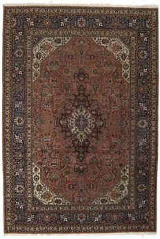 (SIZE 300 x 200 cm) – Authentic Persian Tabriz rug – HAND-KNOTTED – TABRIZ, PERSIA / IRAN (1940–1950) –  With certificate of authenticity from an official appraiser (Galleria Farah 1970)