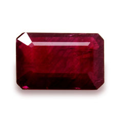 Purple red ruby – 1.81 ct.