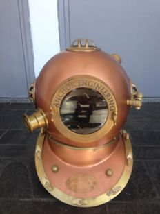 Copper/brass diving helmet - 2nd half of 20th century