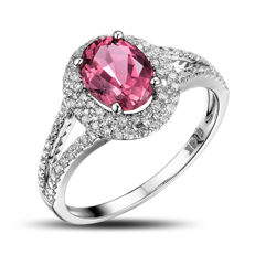 14 kt white gold ring with a pink tourmaline (1.87 ct) and natural diamonds G-H/SI1 (total 0.43 ct) - ring size:  17 ½ (DE) – 54 5/8 (FR) – 7 ¼ (US