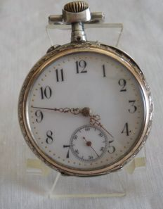 Pocket watch for men with silver case from the 19th century