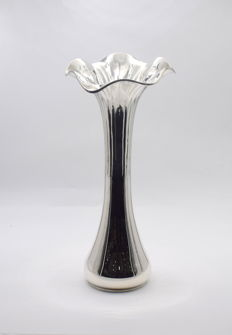 Designer  silver vase   International hallmarked 900