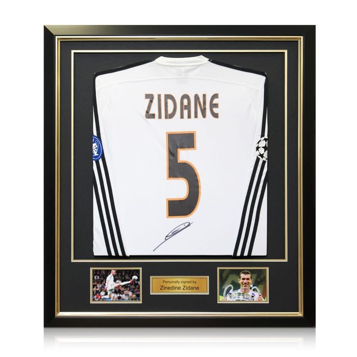 Zinedine Zidane - Signed en framed Real Madrid Champions League ...