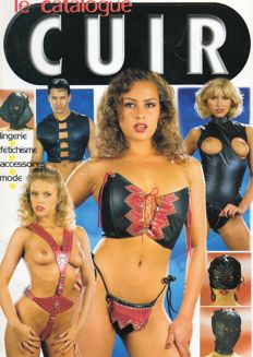 Outfit; Lot with 15 catalogues about sexy lingerie & kinky fashion-ca 1995/2000