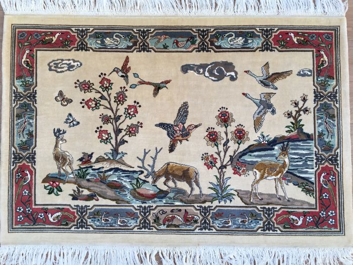 TABRIZ - tapestry with animal design - approx. 140 x 95 cm - approx. 490,000 knots per square metre - very good condition