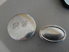 Pair of pill boxes marked Silver 800 an 925