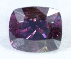 Purple Spinel - 2.18 cts - No reserve