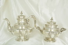 Teapot and sugar bowl in solid silver, 19th century