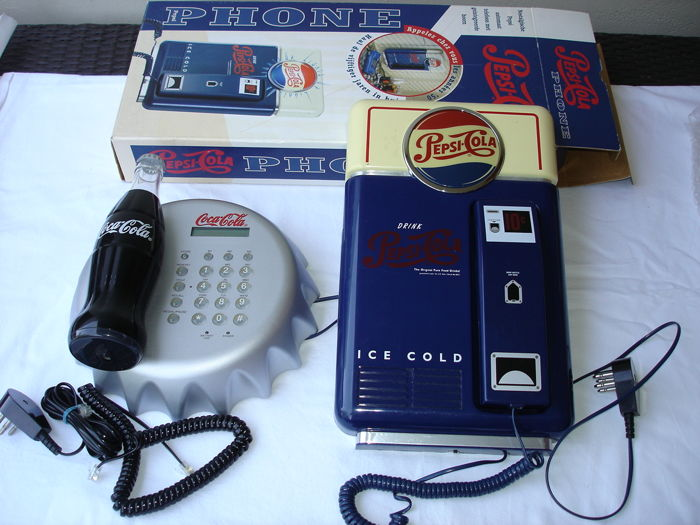 Lot with Coca Cola & Pepsi Cola - phones - 2nd half of 20th century
