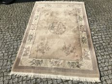 CHINA Rug  215x140 cm - LOOKS LIKE KASHMIR -hand knotted