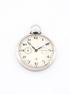 LeCoultre pocket watch with 8 day clockwork and power reserve, 1960s