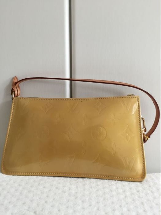 553460266de8 Louis Vuitton - Lime Yellow Monogram Vernis Lexington Pochette Bag ...