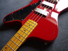 New Bach Fenderbird bass, Old Red red/orange