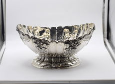 Designer  silver fruit bowl   International hallmarked 900