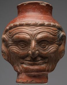 Pre-Columbian portrait of the Choc deity with a wrinkled face - Classic Maya - 17 cm