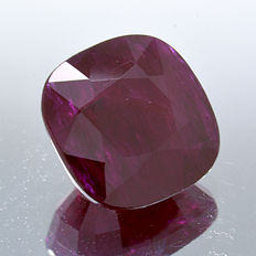 Red ruby - 2.00 ct  - No Reserve Price