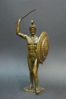 Greek warrior made of bronze by Ruchos