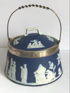 Wedgwood jasperware and solid silver jar - England - 1903