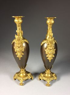 Set bronzed and gilded ornamental vases, first half 20th century