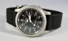 Seiko — Military watch — Men — 2011-present - BLACK Dial and Strap